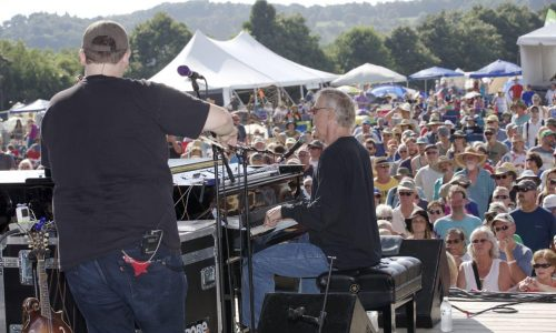 Audio: a chat with Bruce Hornsby
